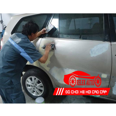 Bảng giá dịch vụ sơn xe ô tô từ 4 chỗ đến 7 chỗ giá tốt
