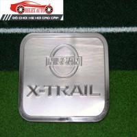 Ốp trang trí nắp bình xăng nhựa đẹp Nissan X-trail