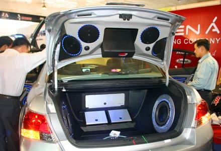 Độ cốp điện tự động Honda Accord